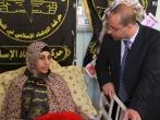 الأسير المحرر رأفت حمدونة مدير مركز الأسرى للدراسات فى زيارة للأسيرة الشلبى