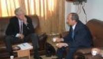 وزيرالأسرى سليمان ابو سنينة :خلال لقائة عضو الجمعية الوطنية الفرنسية