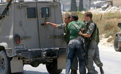 خلال حزيران: الاحتلال يعتقل 340 مواطنا بينهم نائب و45 طفلا